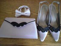 Jaques Vert beige/black accessories