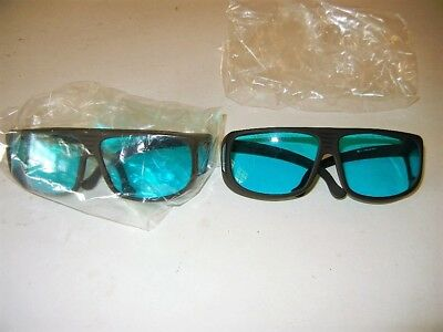 Thorlabs Lg7 Laser Safety Glasses 35 Visible Light Transmission