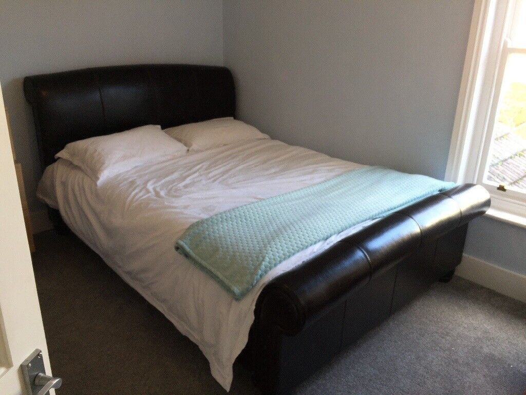Kingsize Brown Leather Sleigh Bed Open To Offers Urgent
