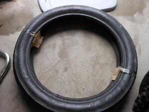 New NOS Motorcycle Tire Cheng Shin Hi Max 3.75/4.00 19 110 90 19 62H