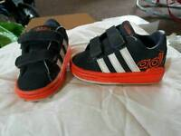 kids Adidas size 3 toddlers trainers