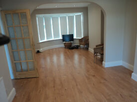 Clean Three Bedroom House in Greenford