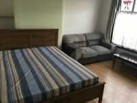 Double room for rent in Ilford-£500
