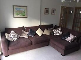 Stylish corner sofa - excellent condition