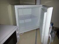 Zanussi table top compact freezer ZFX51400WA