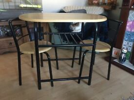 For sale , small table and two chairs