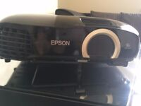 Epson EH-TW5200 projector. PERFECT CONDITION