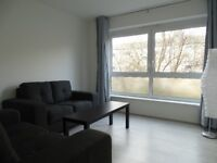 Exclusive - 4 Refurbished Rooms with Living Room