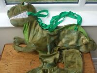 "DRESS UP ""DINOSAUR"" COSTUME. age 6- 7 years"
