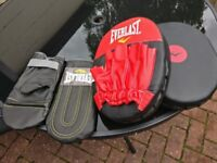 Everlast Junior Free Standing Punch Bag, Gloves and Punch Mitts