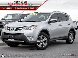 2014 Toyota RAV4 XLE awd with only 28247 kms!!!