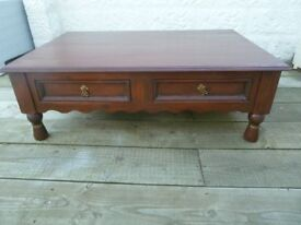 Lovely Large Solid Oak Villa and Hut Coffee Table with Four Drawers all with Dovetail Joints
