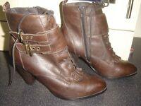 Brown Per Una Short Boot