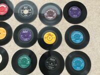 63 vinyl singles from 60's, 70's, 80's - pop and classical, sold as seen. Must collect.