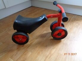 Gaut bike - Winther Mini Viking Safety Scooter / like Balance Bike – Red in Excellent condition