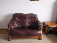 Burgandy leather 3 piece lounge suite for sale.