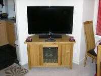 3 Pieces of solid oak furniture for sale Brand new in condition