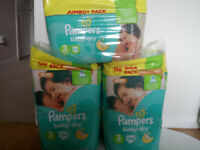 BERGAIN!!!!!! 428 x Pampers Nappies siez 3 BERGAIN!!!!!!