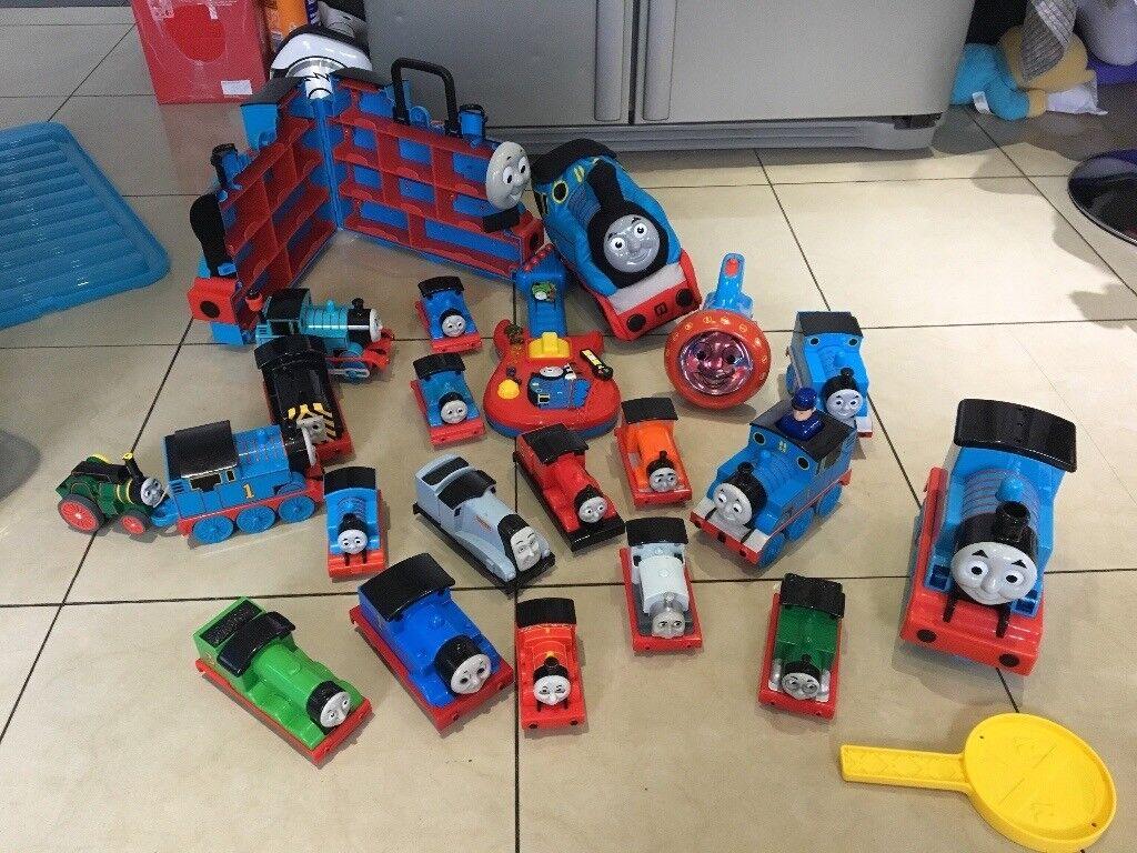 Thomas the tank engine bundle bargain £30