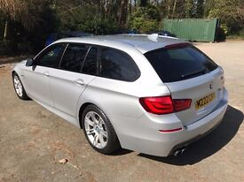 BMW 5 Series 520 d M Sport Touring Estate - Auto - Removable Tow Bar - Immacualte