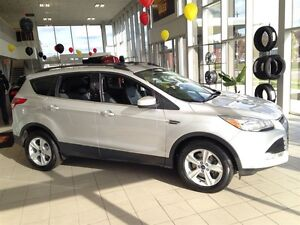 2015 Ford Escape SE| 4WD| SYNC| SUNROOF| BACKUP CAM| 43,127KMS Kitchener / Waterloo Kitchener Area image 9