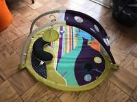 Mamas and papas stargaze playmat, as new, Dulwich