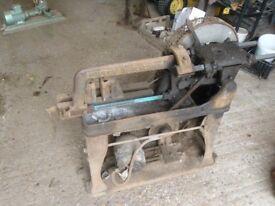 Mechanical hacksaw