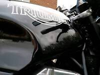 Triumph 900 speedtriple
