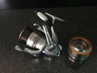 Daiwa Whisker 3012 fishing reel with 2 spools.. in excellent condition, hardly used.