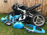 Yamaha r6 5eb road track bike for sale with wets on wheels and spare fairings