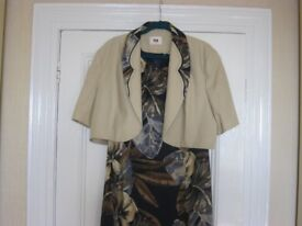 SPECIAL OCCASION DRESS SIZE 20
