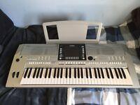 Yamaha PSR-S710 Digital Workstation Piank Keyboard For Sale