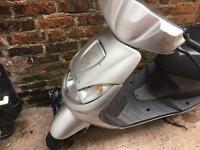 50cc moped Peugeot vivacity