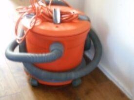 Vax Vacuum Cleaner (for parts or repair)