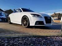 Audi tt tfsi black edition 211bhp