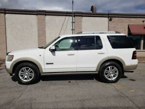 2007 Ford Explorer Eddie Bauer V8 / 4x4 / 7 PSNGR IMPECABLE!!