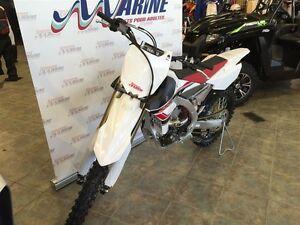 2017 yamaha  YZ450F motocross Saguenay Saguenay-Lac-Saint-Jean image 5