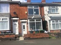 *B.C.H*-3 Bed House-Park Hill Rd, SMETHWICK-Walking Distance to Harry Mitchel Sports Centre