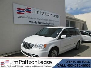 2016 Chrysler Town & Country 3.6L FWD Touring-L Leather w/Power