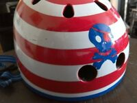 Child's cycle helmet. MICRO. Red, white and blue