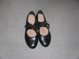 Ladies Bloch Tap Shoes