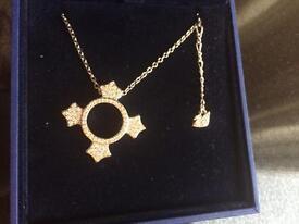 Swarovski crystal dune pendant