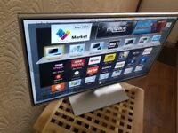 PANASONIC 32-inch Smart FULL HD LED TV,built in Wifi,Freeview HD,Netflix,Fully Working