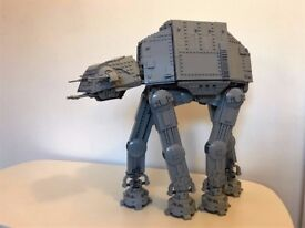 Lego UCS AT-AT - Plus-Sized AT-AT MOC - 2500+ pieces with minifigs