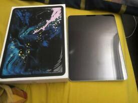 MUST LOOK !! iPad Pro 11inch 256gb cellular !