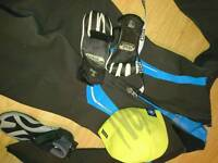 Wetsuit 5mm size 14 / shoes