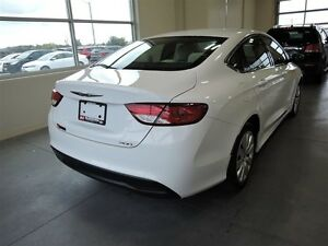 2016 Chrysler 200 LX FWD - One Owner Stratford Kitchener Area image 4