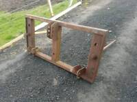 Tractor three point linkage grays double bale spike