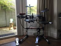 Yamaha DTXPress III Electronic Drum Kit - good condition; drum sticks included