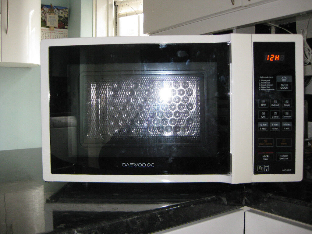 Daewoo KOC 9Q1T Microwave Combi-oven 900w   in Telford, Shropshire